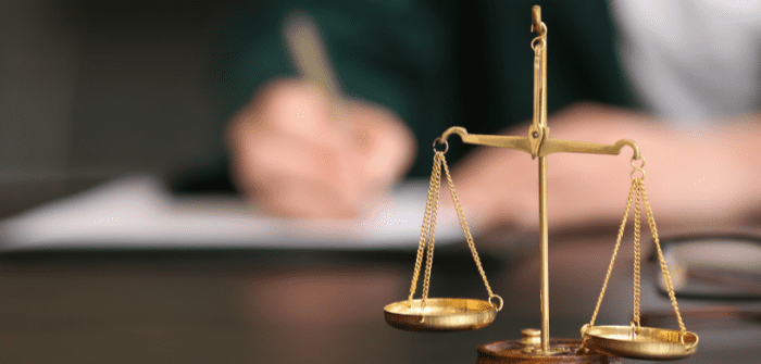 Why include an Arbitration clause in commercial contracts?